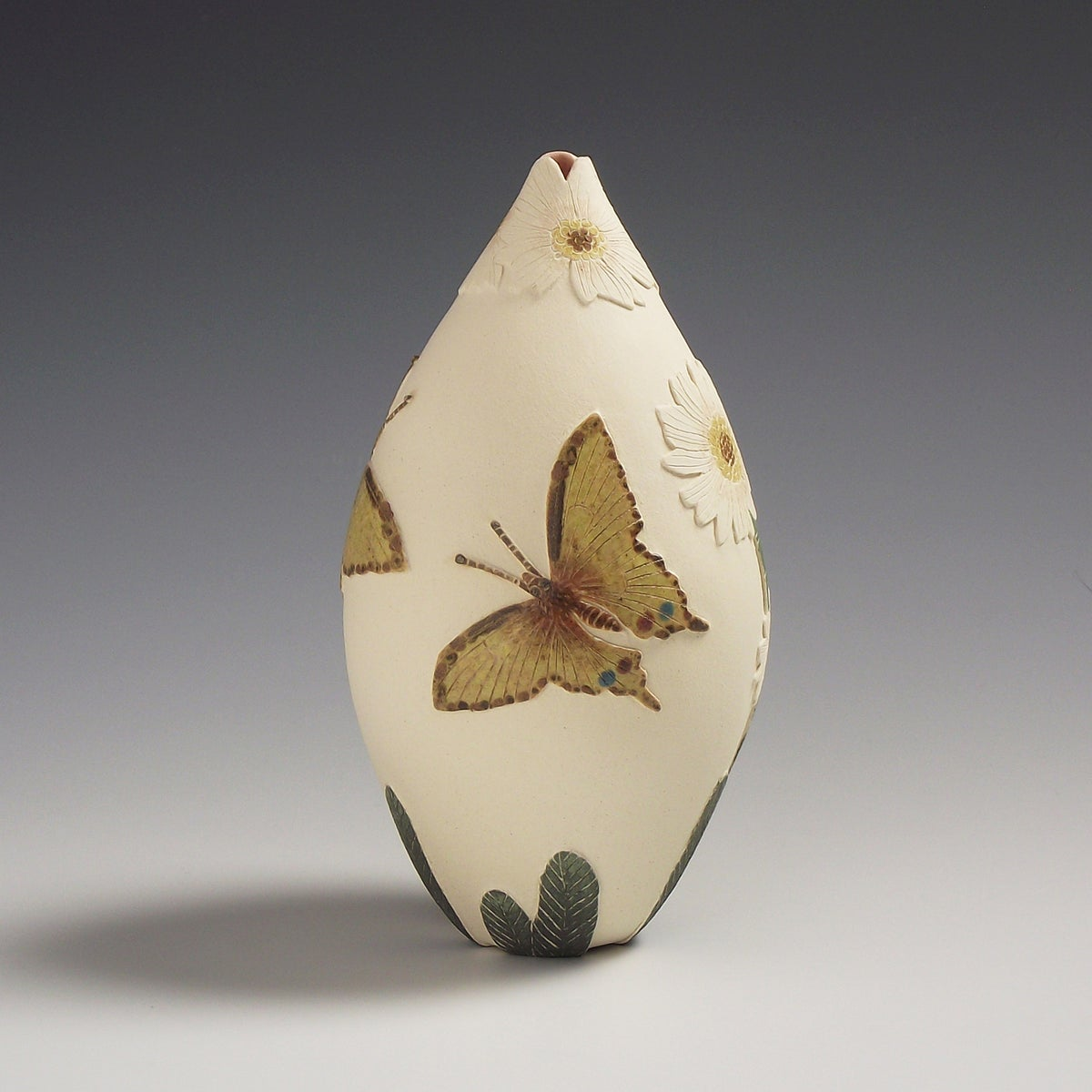 Swallow tail butterfly & daisy sgraffito vessel