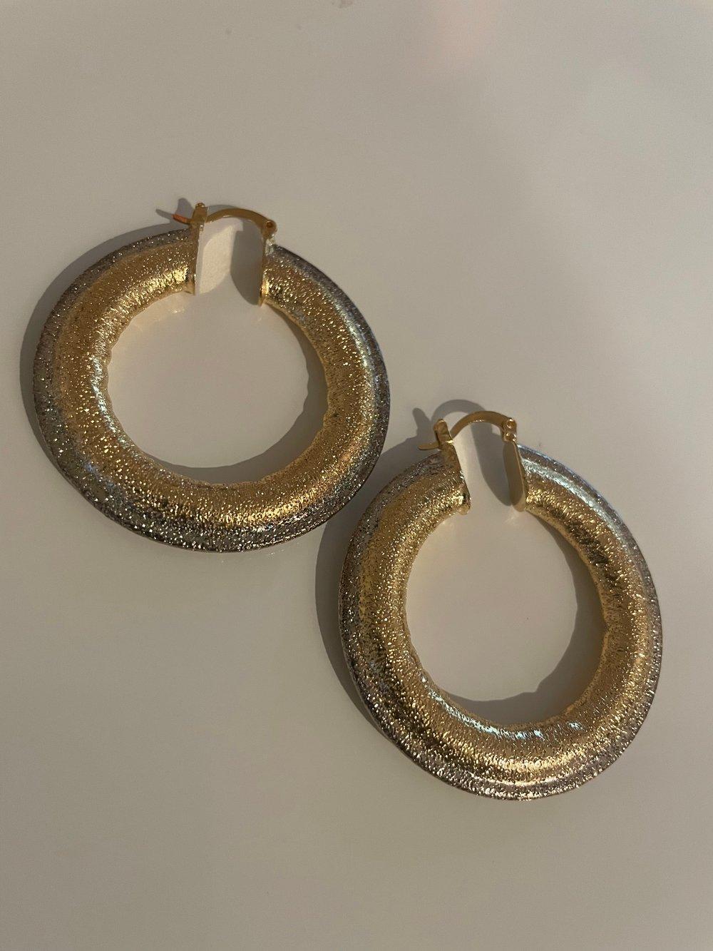 Wifey mini hoops