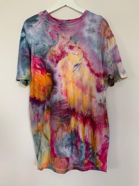 Image of Tie Dye L 1 of 1 (In Bloom)