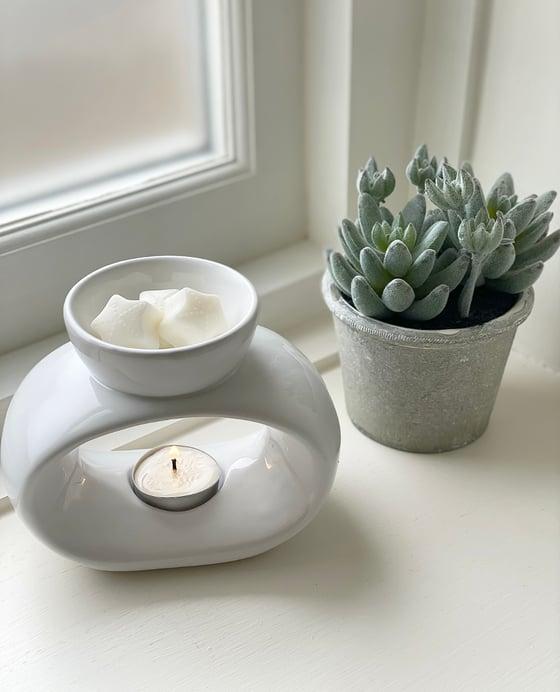 Image of White Elegance Ceramic Wax Melts & Melts ☆