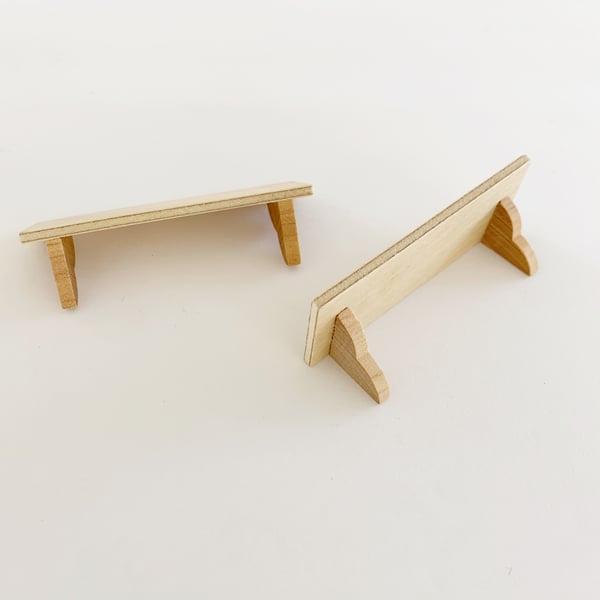 Image of Scalloped Edge Shelf