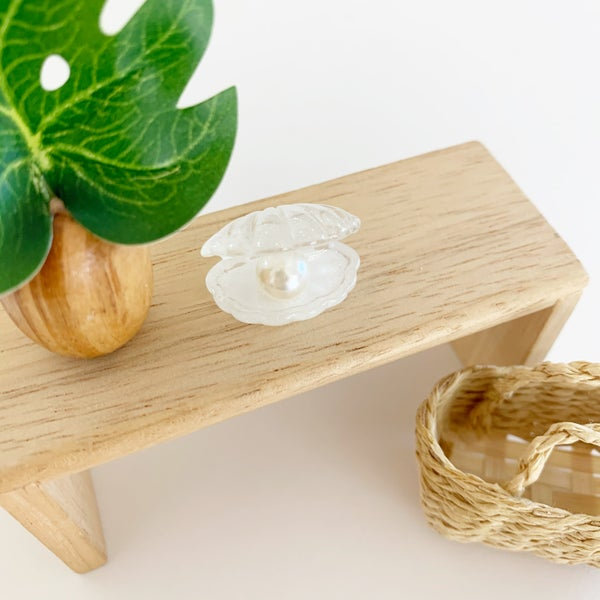 Image of Miniature Seashell with Pearl Decor