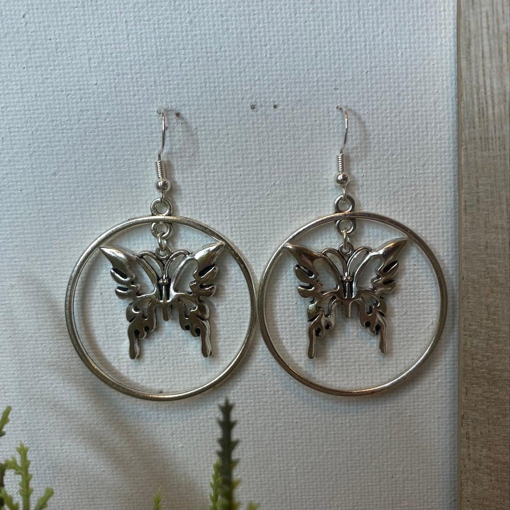 Image of Vivienne Earrings