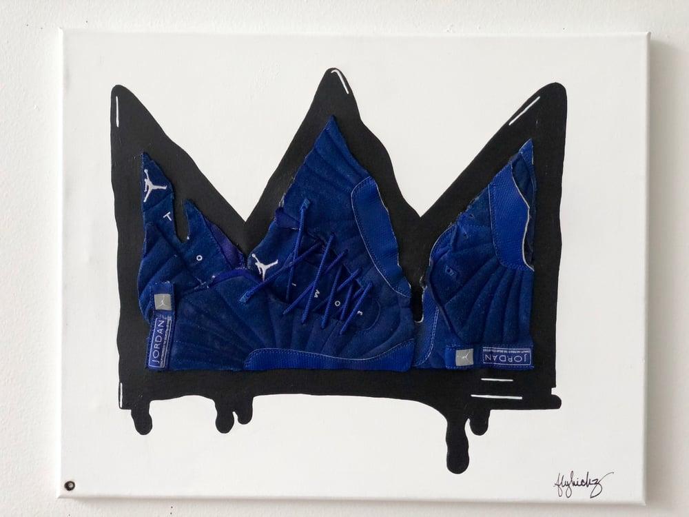 The Crown - Blue Laces