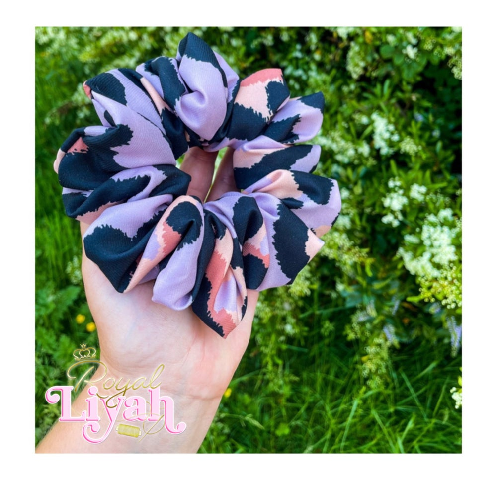 Image of XL LUXE Lilac Leopard Scrunchie 💜👑