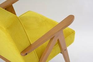 Image of Fauteuils Kompas velours côtelé jaune