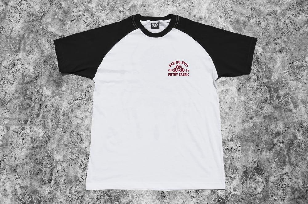 "Image of ""Arachne"" White Raglan T-Shirt"