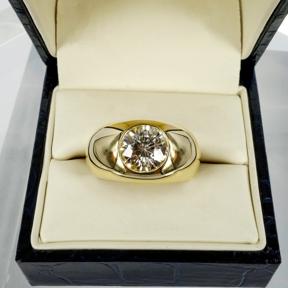 Image of 18ct yellow gold large domed cocktail ring
