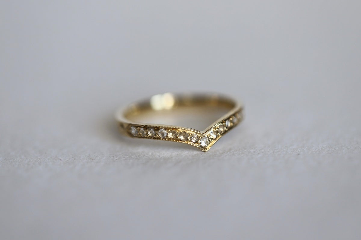 Image of 18ct Gold, Rose Cut diamond, Wishbone Ring