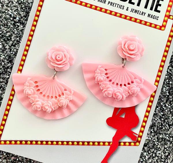 Image of Tokyo Rose Fan Earrings - Light Pink