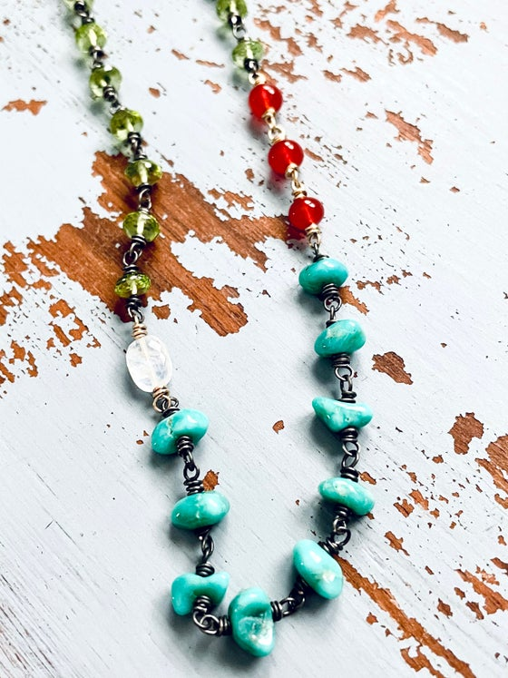 Image of Campitos mine turquoise and peridot necklace