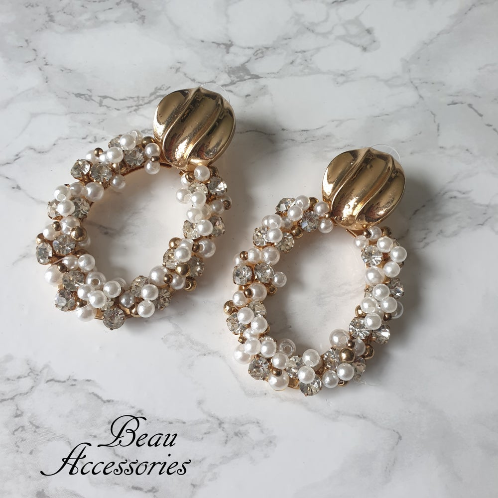 Image of Oval Rhinestone with Pearls Statement Earrings