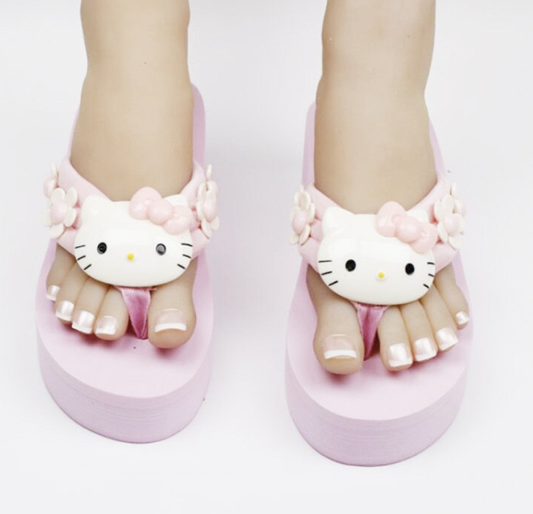 Image of Hello Kitty Chunky Sandals