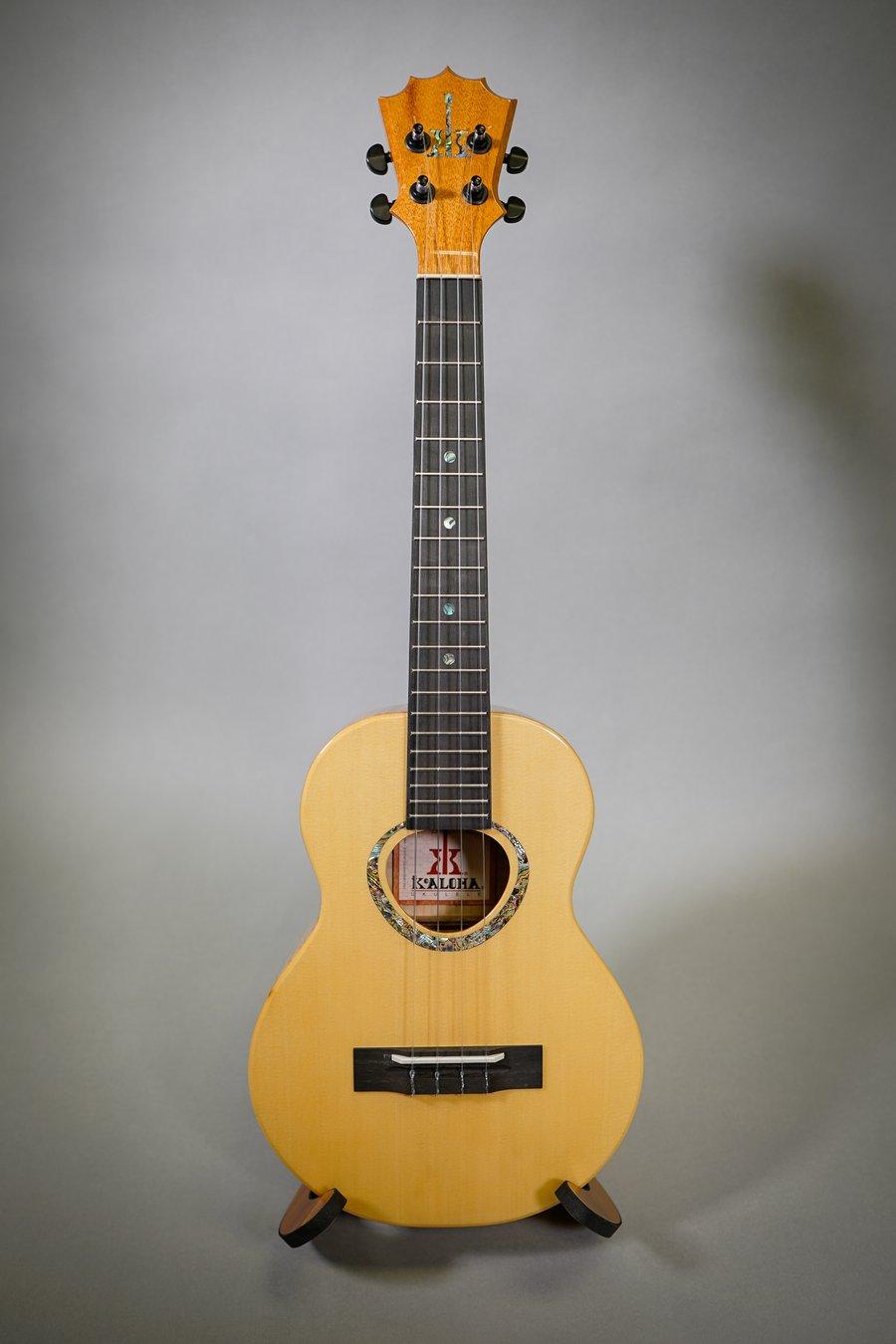 Image of KoAloha KTMR-00 White Cedar & Curly Maple Rosette Custom Tenor