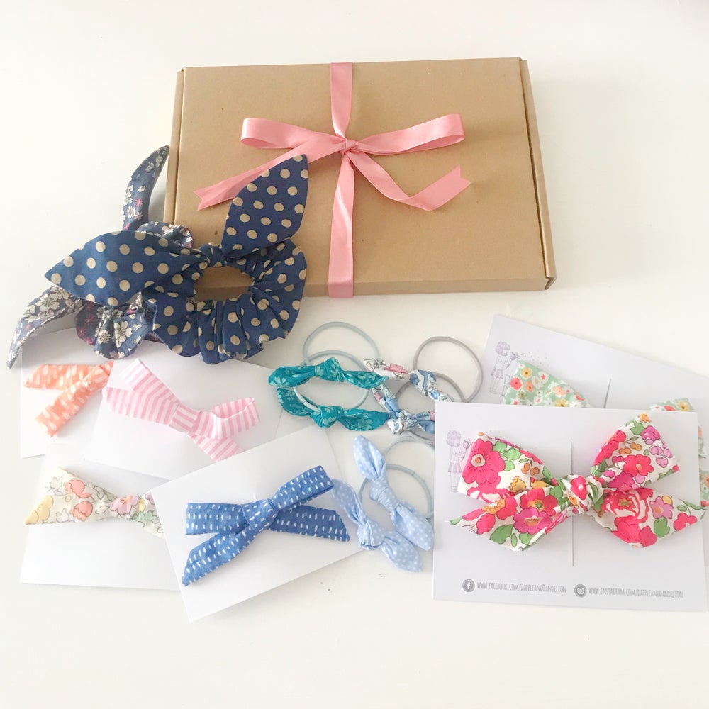 Image of Tuesday Treat Surprise Bow Box