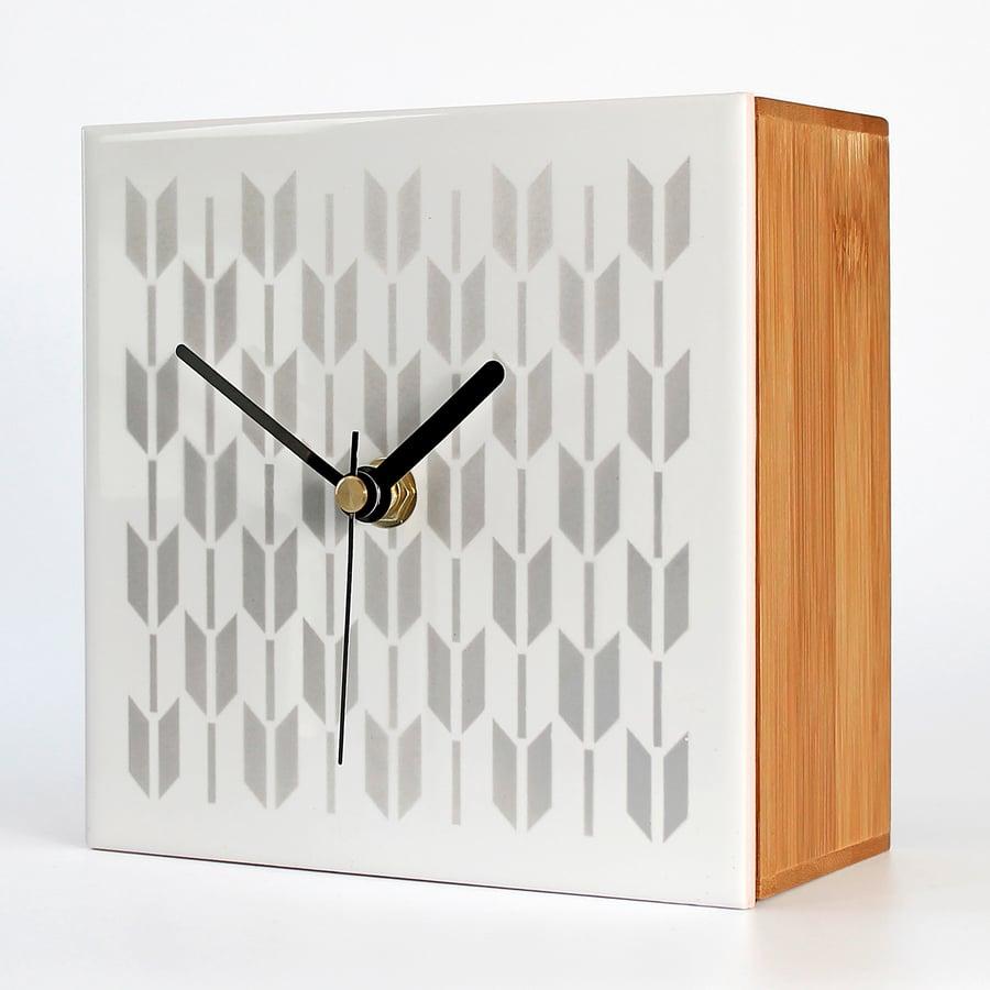 """Image of Fliese-Uhr  Tile-Clock """"SPRING"""""""