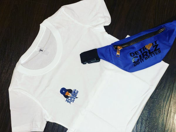 Image of D Girl Right Side Logo Top
