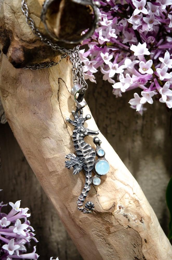 Image of Aquamarine Seahorse Pendant