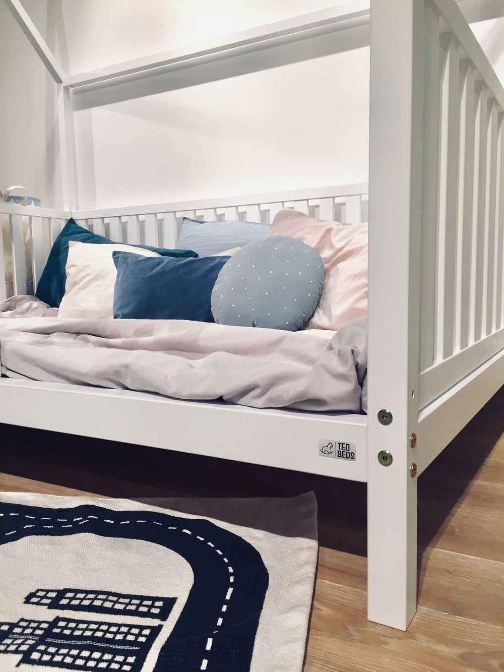 """QUEEN Size Toddler bed 60x80"""" with bed rails Teo Beds FREE SHIPPING"""