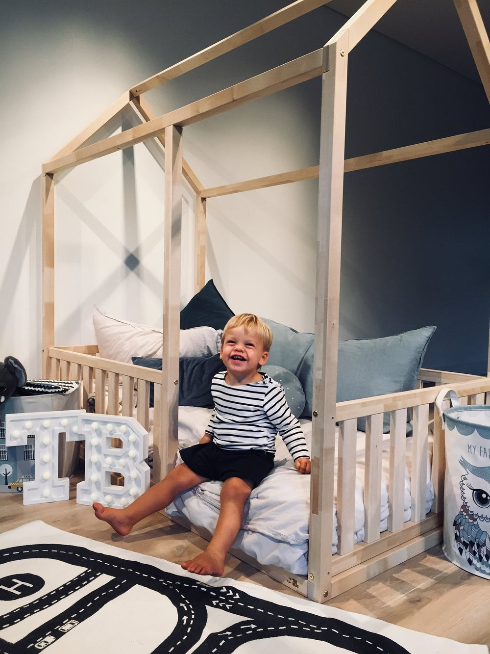 TWIN SIZE  montessori BED 39''x75'' with bed rails Teo Beds' free shipping