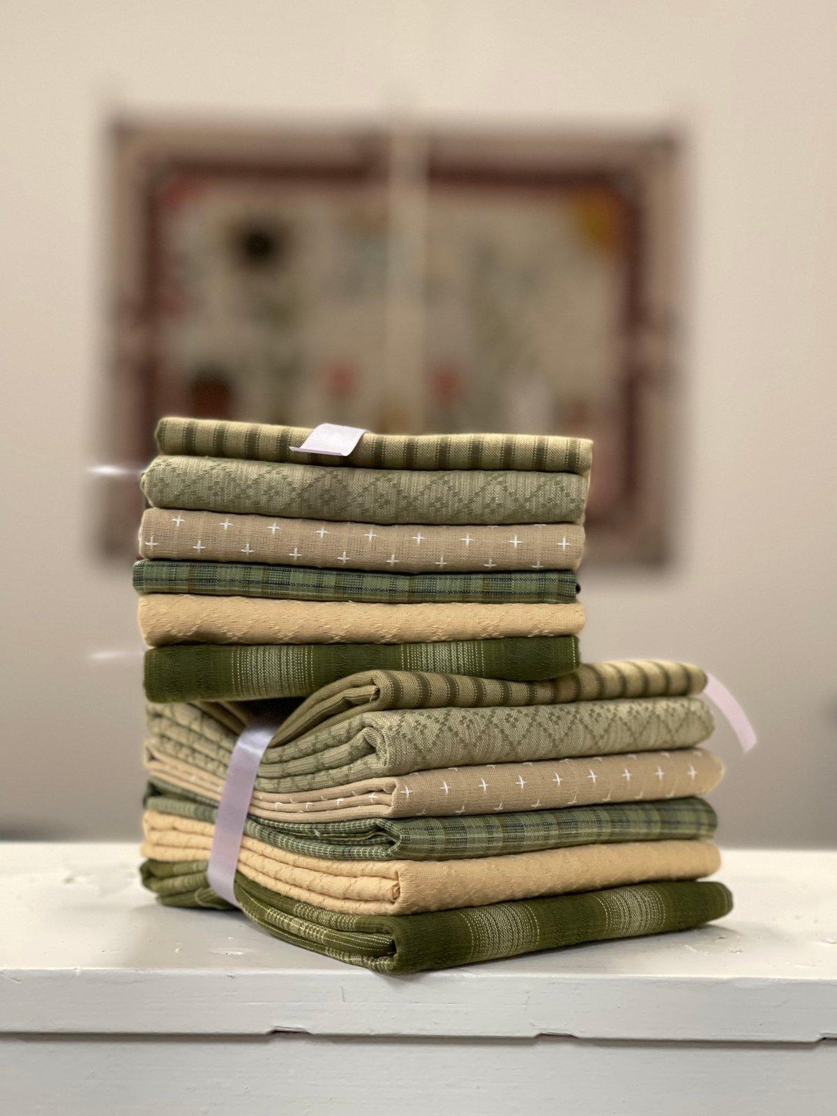 Diamond Textiles Woven Bundle-Green