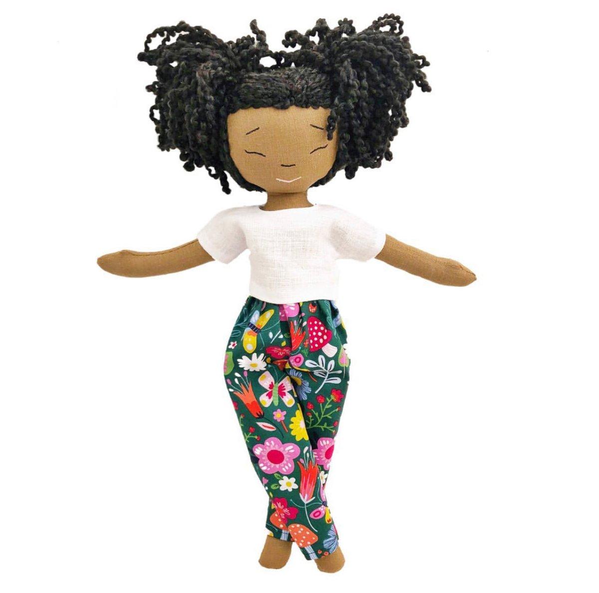 Nikki X Handmade Linen Doll (Waitlist Preorder Item - ship date Oct 1-Mar 30,2022)