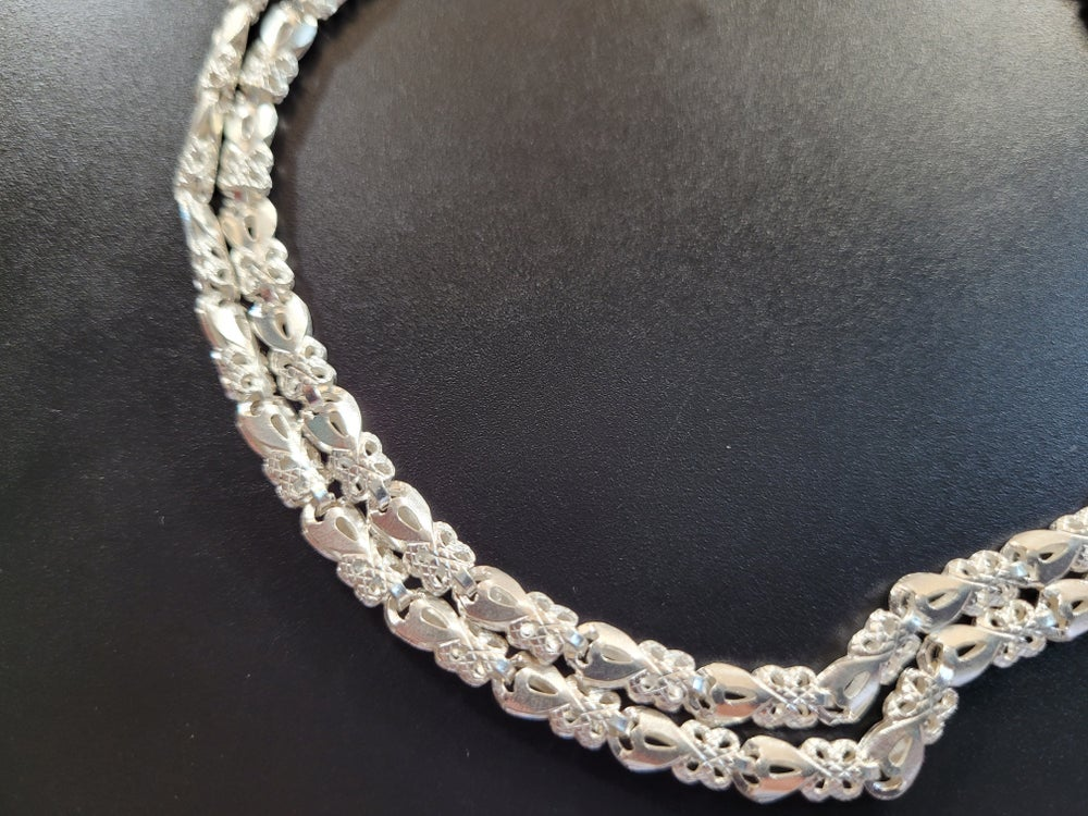 Heart Textured Necklace