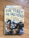 The Three Musketeers: Illustrated Young Readers' Edition by Alexandre Dumas