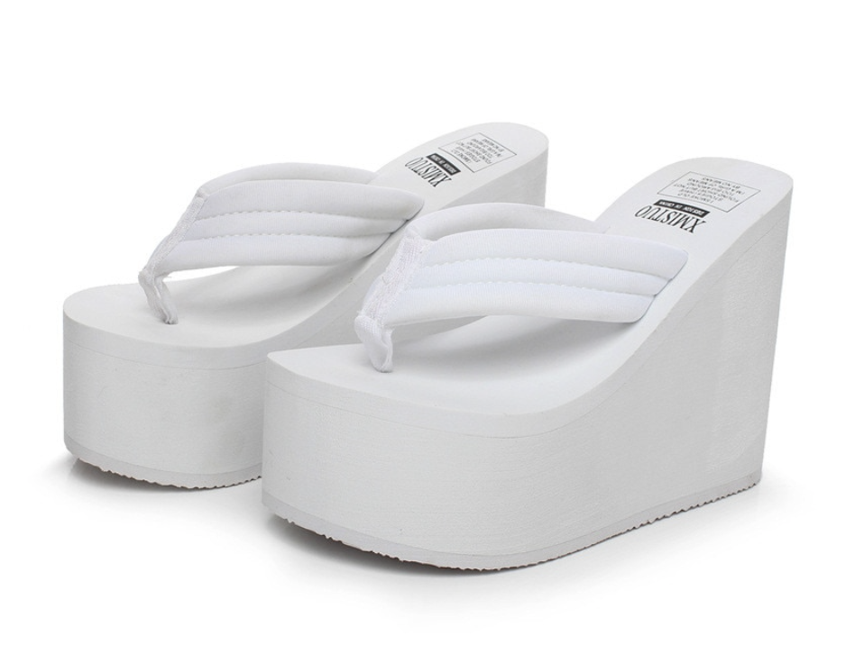 Image of Angel Chunky Sandals