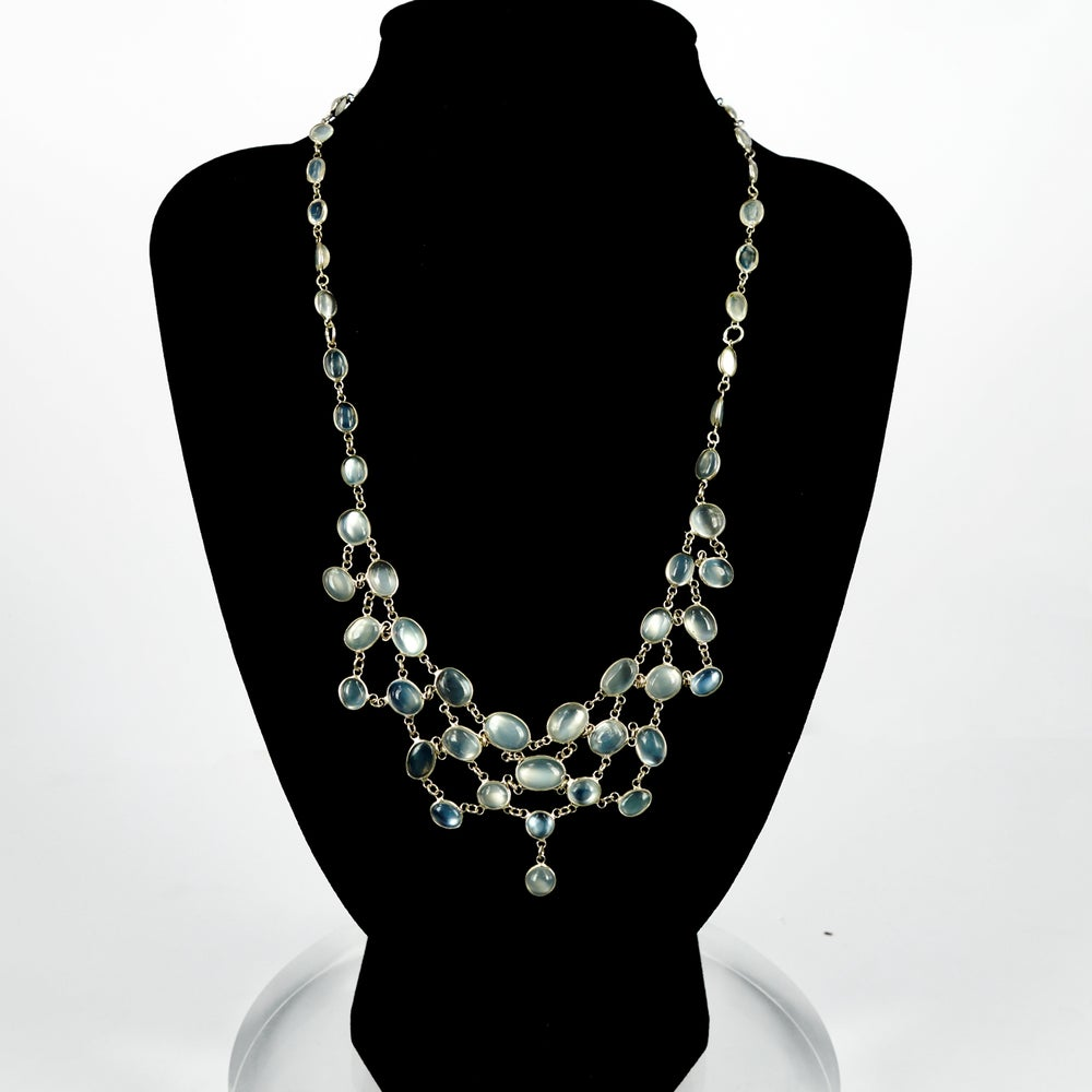 Image of Sterling silver moonstone necklace. Lmp