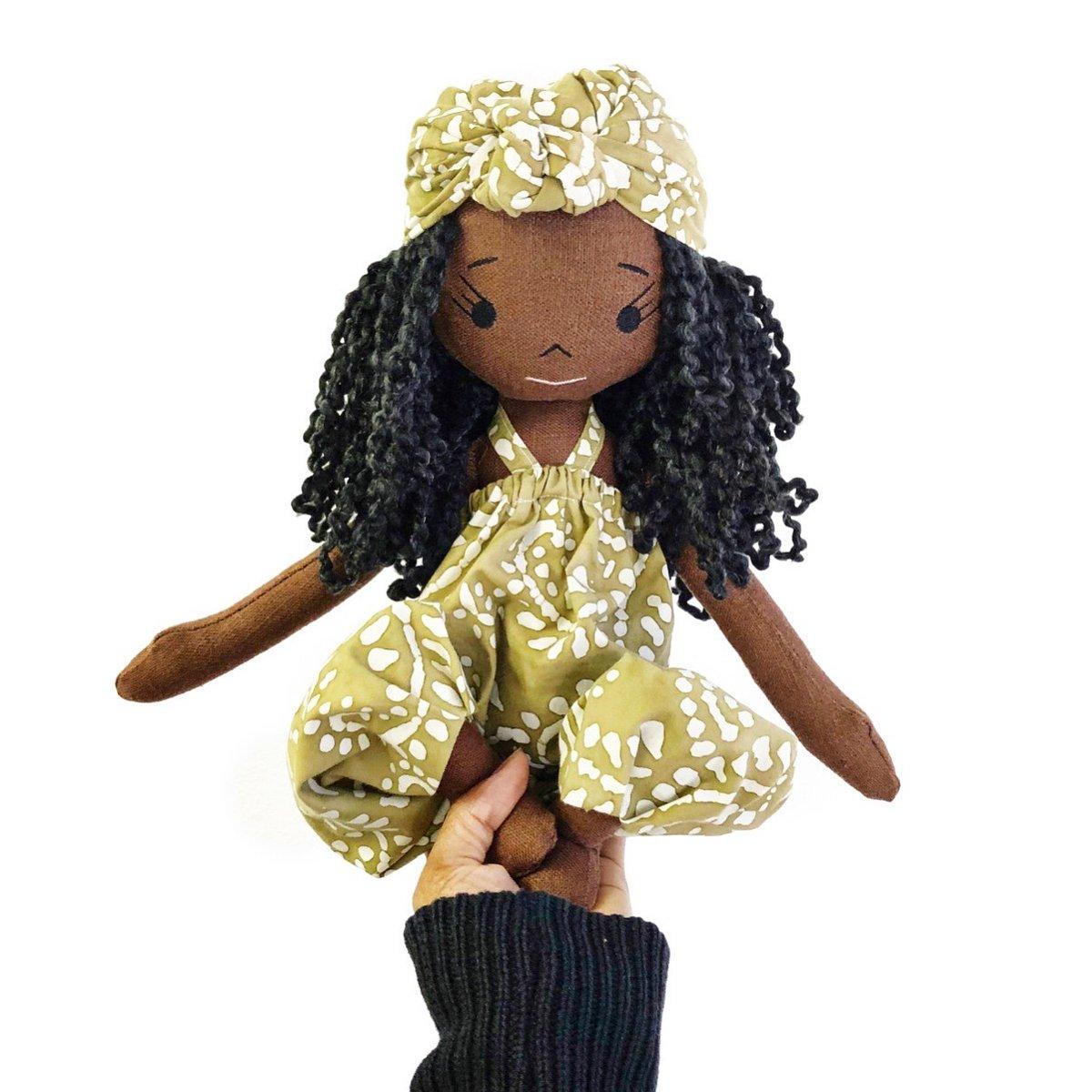 Nia Handmade Linen Doll (Waitlist Preorder Item - ship date Oct 1-Mar 30,2022)