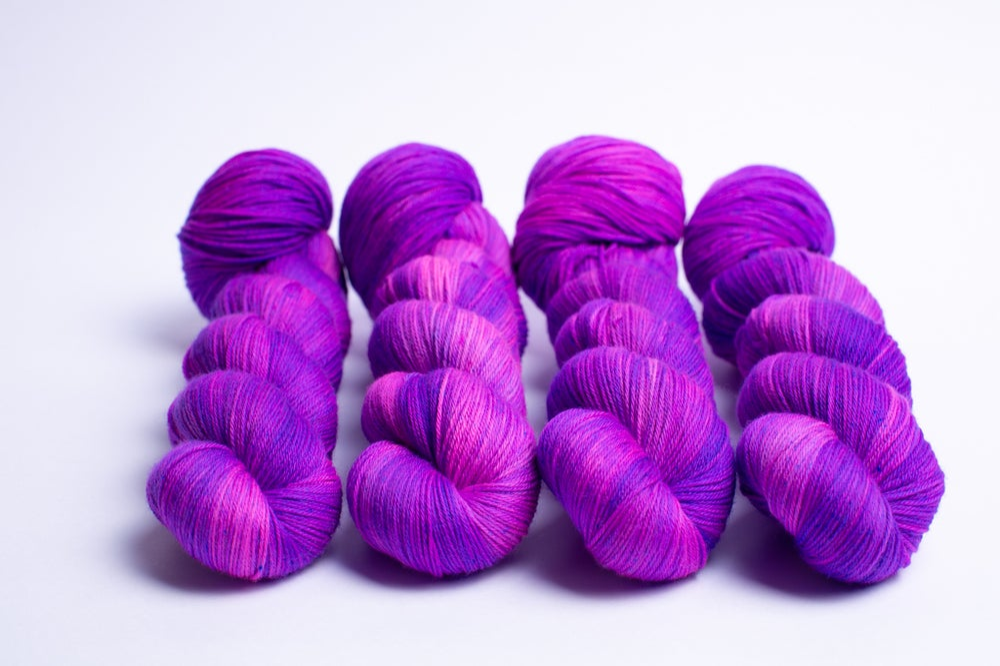 Image of Happy Sock - Neon Grape