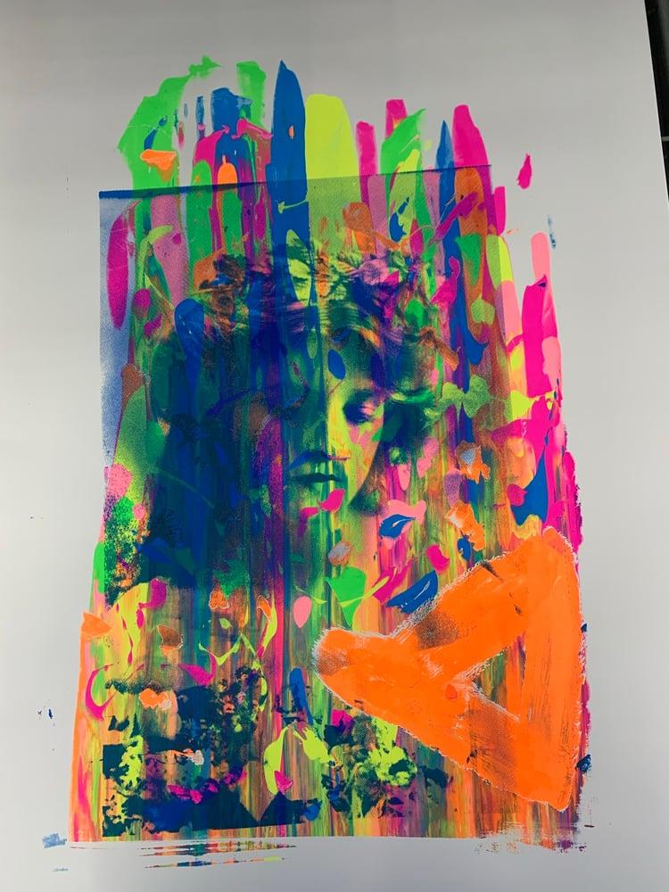 Image of Neon Gladys 2/4