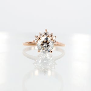 Image of 18ct rose gold half fan cluster, solitaire diamond ring. PJ5793