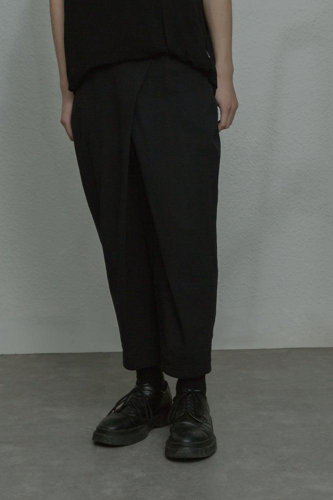 Image of TRAN - 片褶棉麻西褲 (黑)