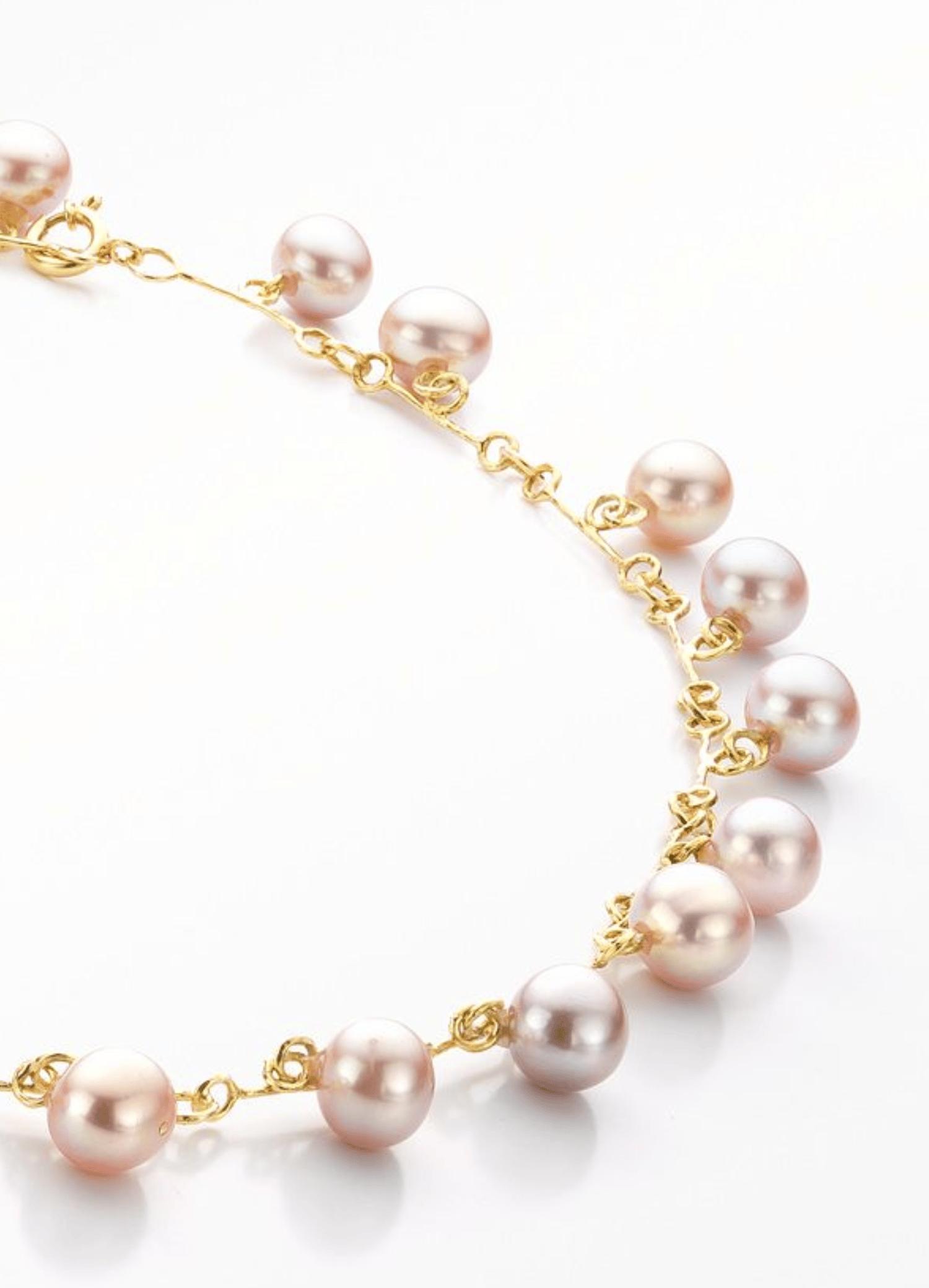 Image of 'Pearl' necklace gold pink pearls - parelcollier in geel goud met roze parels