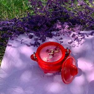Dragon's Blood Love 4 oz Red Cauldron Candle