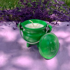 Coconut Cleansing 4 oz Green Cauldron Candle