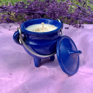 Coconut Cleansing 4 oz Blue Cauldron Candle