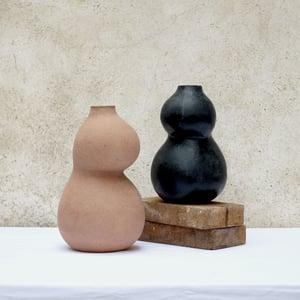 Image of Vase Charnue (n1)
