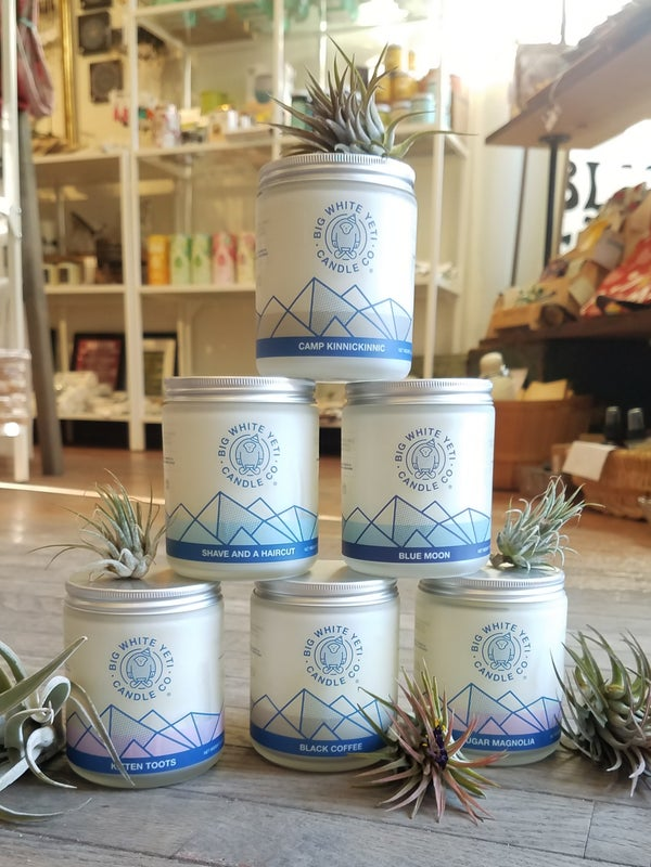 Image of Big White Yeti Frosted Jar Candle
