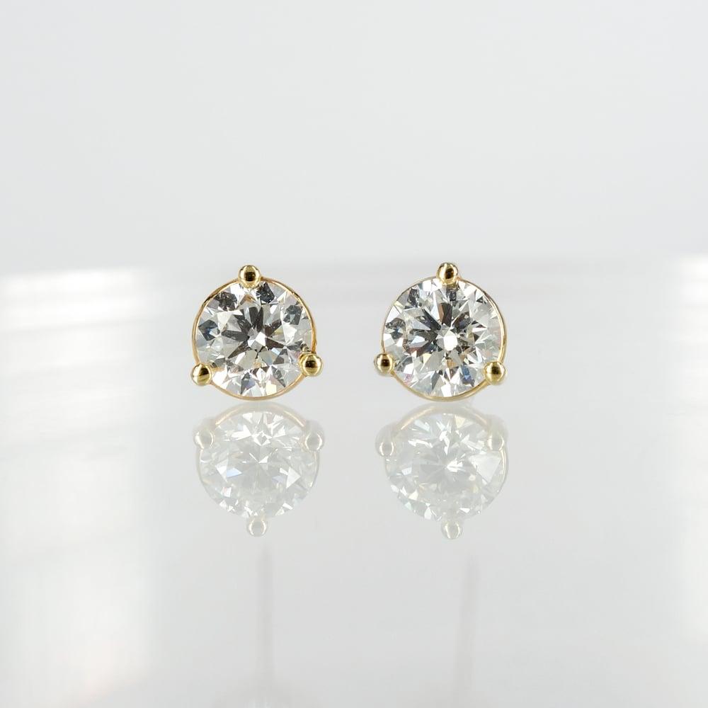 Image of Yellow gold diamond studs = 1.61ct GSI3. PJ5818