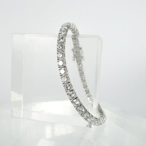 Image of 18ct white gold tennis bracelet set with .20pt D-E SI lab grown diamonds. TB3