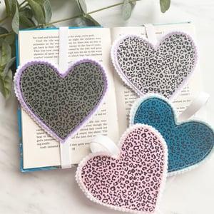 Image of Animal Print heart Bookmarks