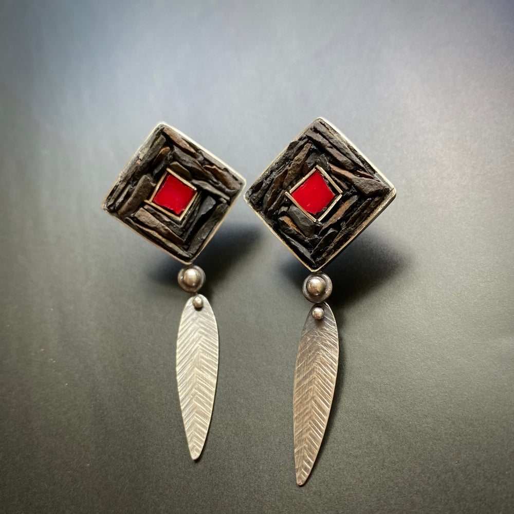 Image of Bright Spot Post Earrings