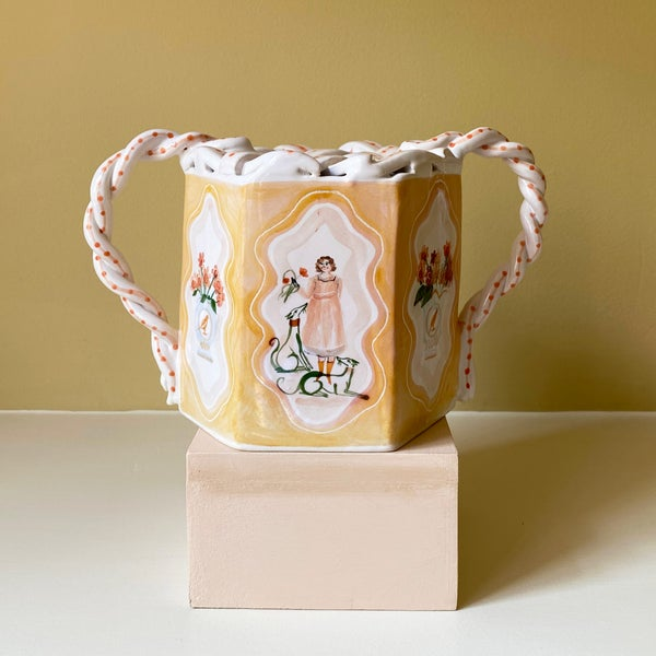 Image of Arranging Flowers - Tulipiere Romantic Vase