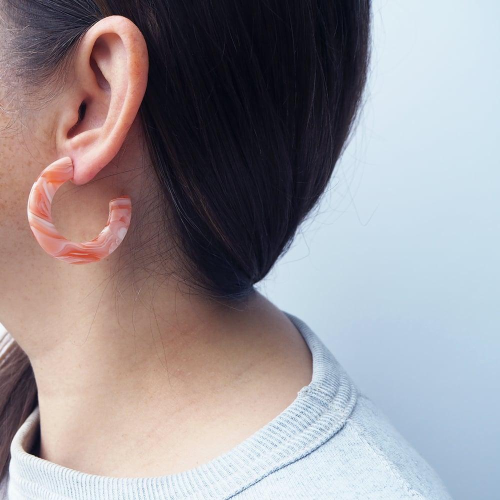 Image of *NEW* Blush Midi Hoop Earrings