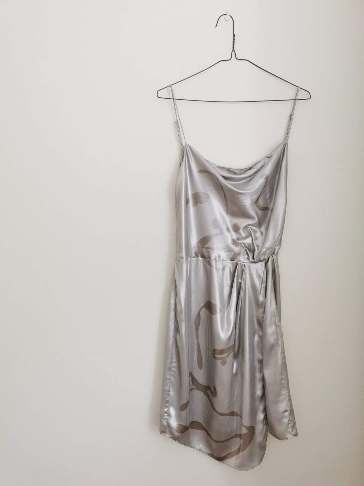 Image of silver dressing