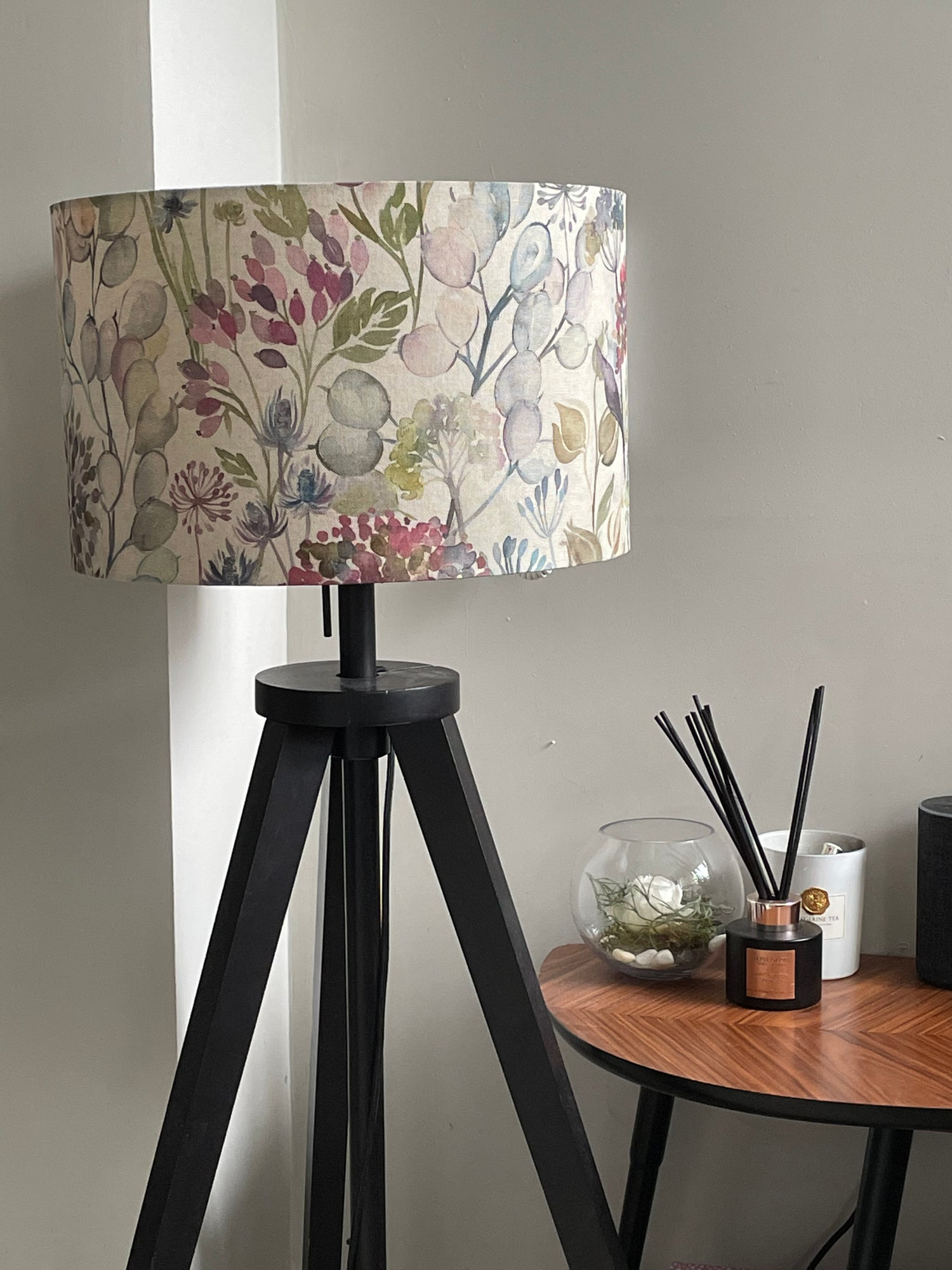 Image of Hedgerow Linen Shade