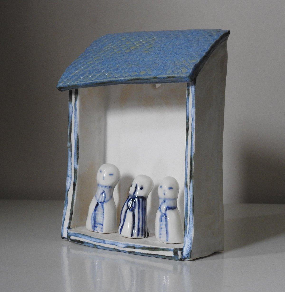 Image of little shelter - blue tile